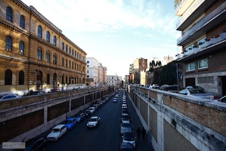 streets of Rome near colosseum 罗马街头 - not an illusion productions